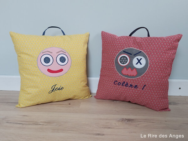 coussin emotion colere joie