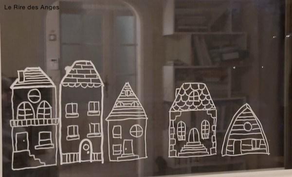 village sur fenêtre