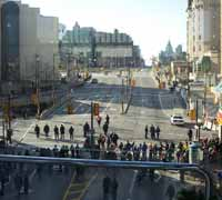 Nov 30, 2004 - A second line of police separating protesters  (near the top of the picture) and Rideau Street.