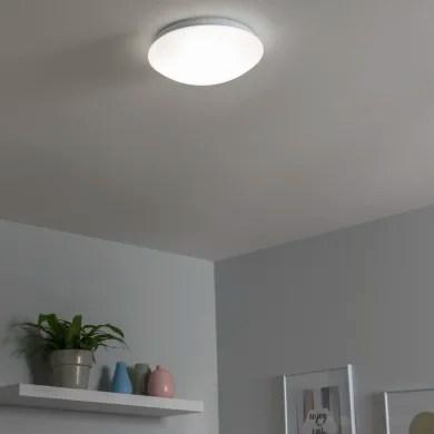 Există multe modele de lustre pentru bucătărie care sunt în topul. Leroy Merlin Plafoniere Moderne