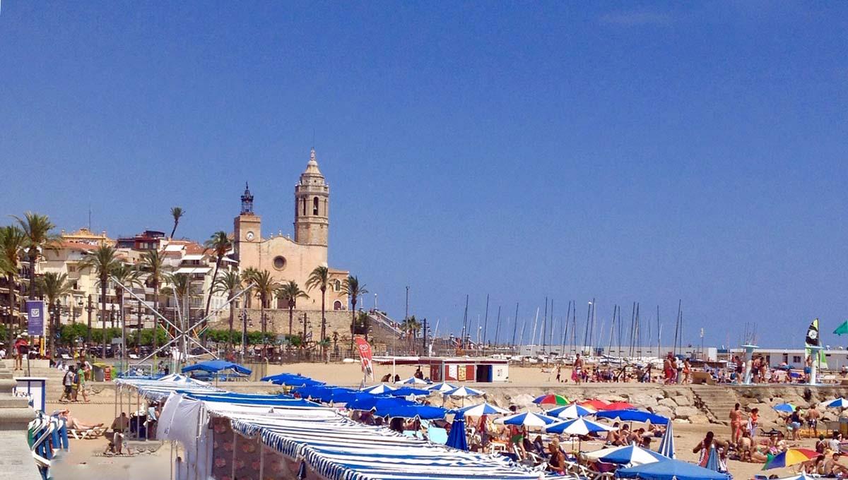 Sitges une station balnaire festive  30 min de Barcelone