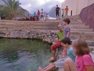 dcembre 2011 Larrive en Oman  Sohar Comme pour tout passage de frontire qui se respecte