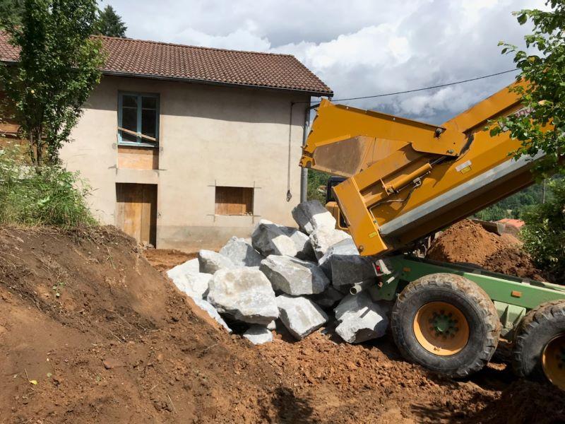 Réalisation de la structure bois pour les briques de terre crue (BTC)