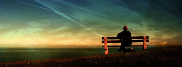 solo sur banc-photo de couverture journal facebook