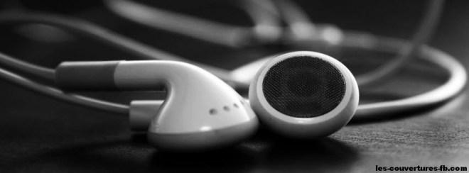 Ecouteurs Ipod -Photo de couverture journal Facebook