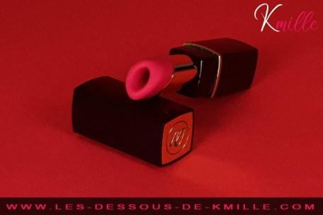 Test du rouge à lèvre sans contact de Womanizer.