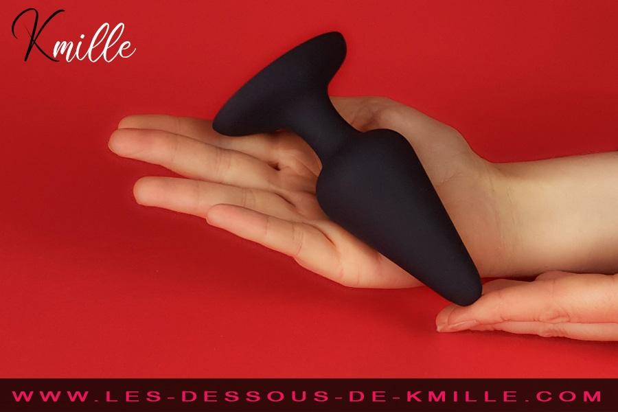 Kmille teste le plug anal ventouse Best Plug taille L, de Dorcel.