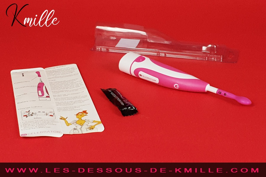 Kmille teste le stimulateur de clitoris Incognito, de la marque Celebrator.