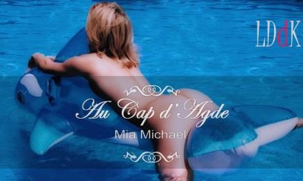 Mia Michael : Eva et ses fesses au Cap d'Agde (partie 1)