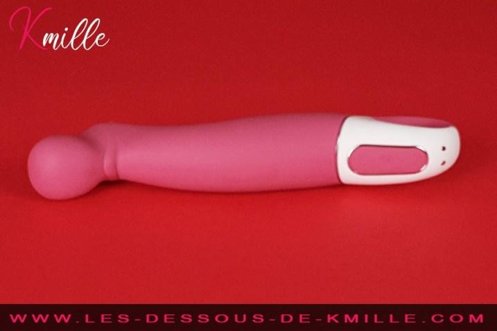 Kmille teste le vibromasseur Satisfyer Vibes Petting Hippo.