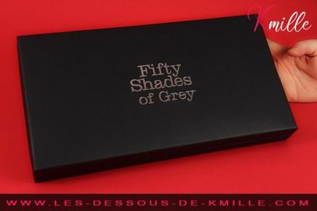 Test du kit de contrainte Hard Limits de Fifty Shades of Grey.