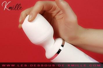Kmille teste le vibromasseur externe XXL, Satisfyer Wand-er-Woman.