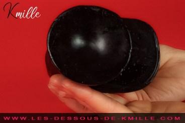 Kmille teste le gode réaliste à ventouse Junior, de BlackyDick.