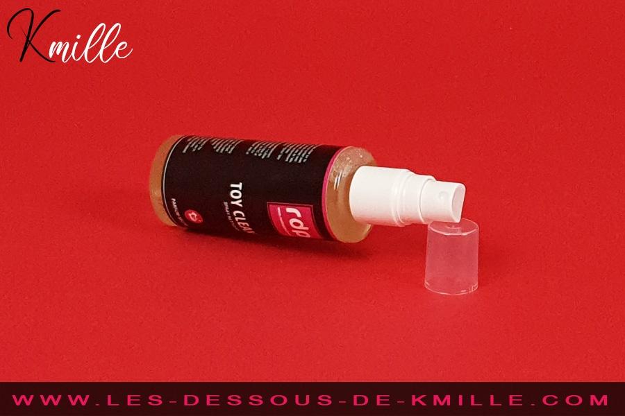 Kmille teste le nettoyant sextoys Toy Cleaner, de Rue des Plaisirs.