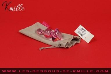 Kmille teste le bijou anal en verre GD321, de Be Happy.