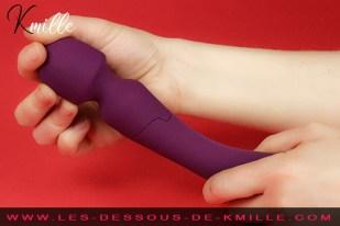 Kmille teste le vibromasseur externe 2 en 1 Silya, de Passage du Désir.