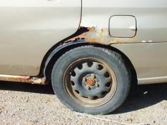 l'effet du sel sur les voitures