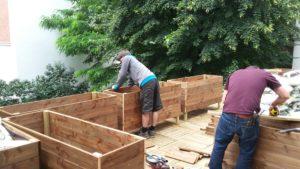 paysagiste les jardiniers a velo bacs bois jardiniere paris terrasse