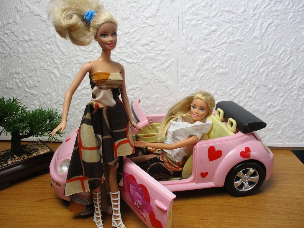 comment faire une robe asymétrique pour Barbie