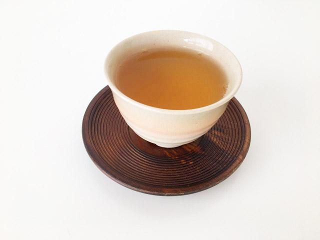 湯飲みに入ったお茶,クスミティー,ジャスミン グリーン ティ,