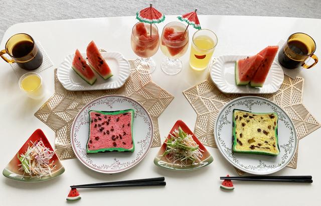 赤色と黄色のすいかパンで朝食,食卓の様子,ボローニャ,フラーズ,