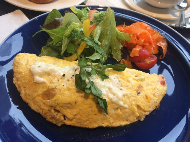 ダルマイヤー,大阪・中之島,フライッシュケーゼ入り野菜のオムレツ