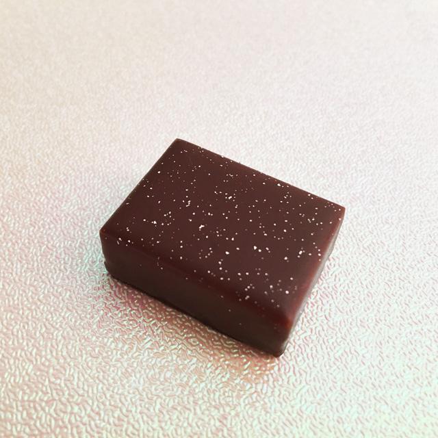 ルショコラドゥアッシュ,LE CHOCOLAT DE H,陰翳礼讃の礼を表現したチョコレート,