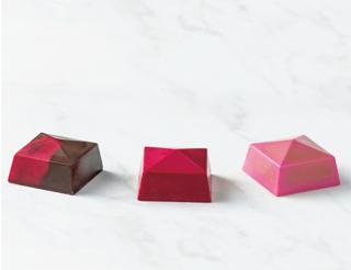 カカオ サンパカ,アストゥリアス 3個入,ストロベリー、ラズベリー、ピスタチオペタセタの3種類のボンボンショコラの詰め合わせ,バレンタイン,2021,チョコレート,CACAO SAMPAKA,Valentine,chocolate,
