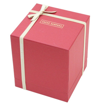 カカオ サンパカ,ハートベア カロロの赤いBOX,税込10800円,本体価格10000円,バレンタイン,2021,チョコレート,CACAO SAMPAKA,Valentine,chocolate,