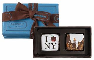 マリベル,ブルーボックス2個入の箱とパッケージ,税込1620円,箱寸:4.5×8.2×3.3cm,バレンタイン,2021,チョコレート,MARIEBELLE,SIGNATURE ART GANACHE COLLECTION,Valentine,chocolate,