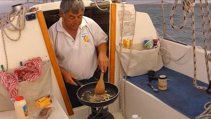 cuisiner sur un petit voilier