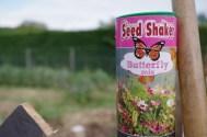 melange fleurs papillon