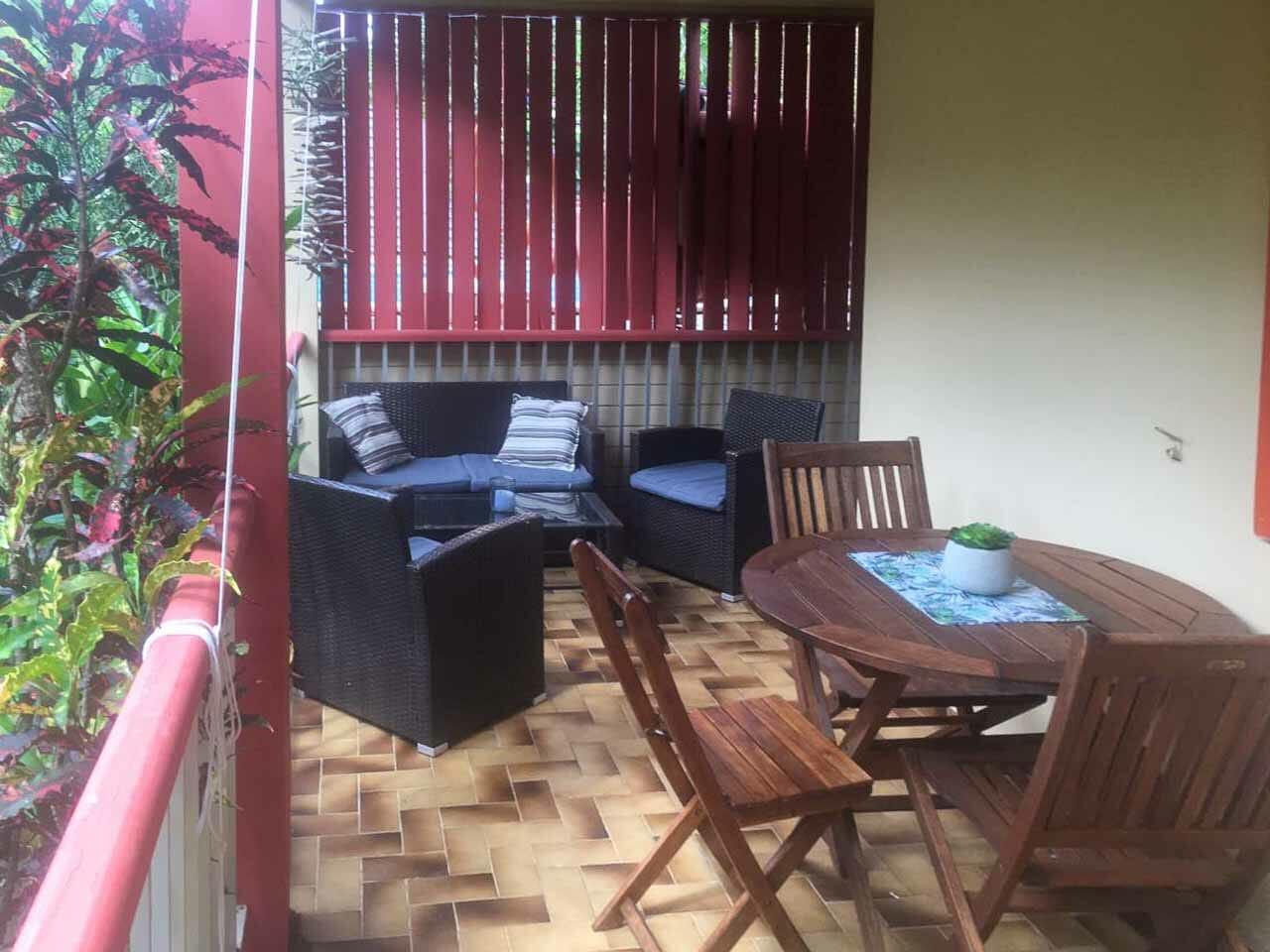 gite-arizona-salon-terrasse2