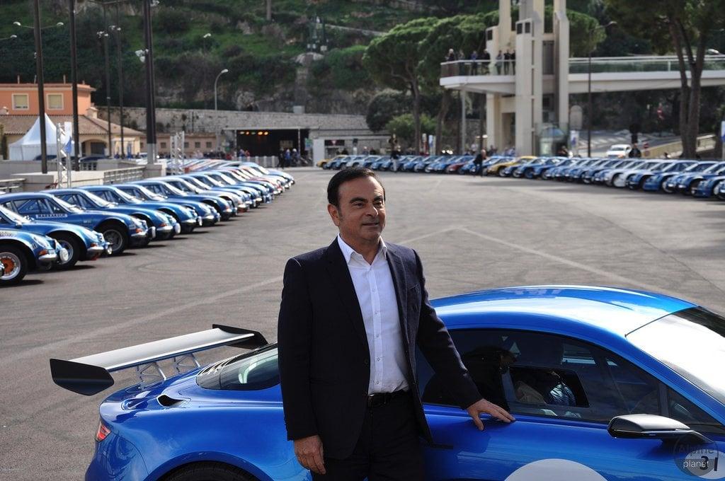 Arrivée de Carlos Ghosn à Monaco Alpine 4 | Le 16 Février 2016 : le retour d'Alpine avec l'Alpine Vision !