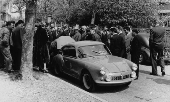 Alpine A106 à des agents Renault - 1957