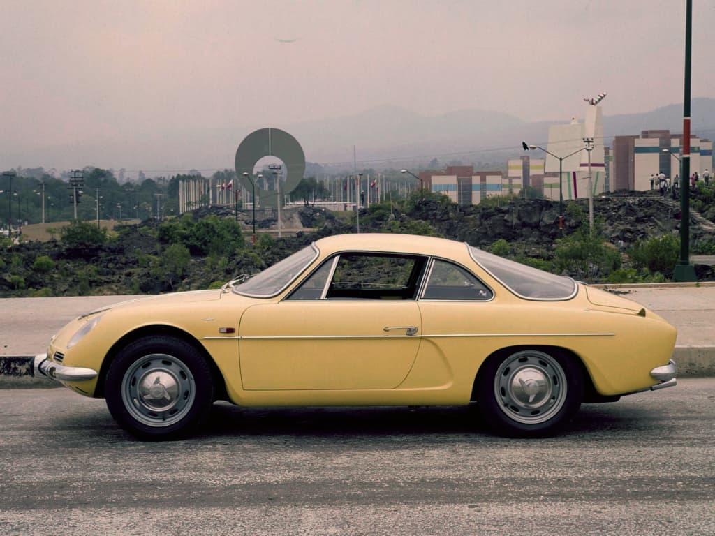 Alpine FASA A110 2   FASA Renault Alpine A110 : Amor de España !