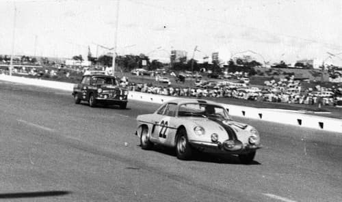 Circuit Brasilia 1964 Willys Interlagos   Overland Interlagos: l'Alpine Made in Brazil !