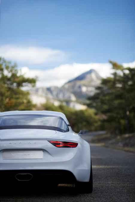Alpine Vision Showcar - 12