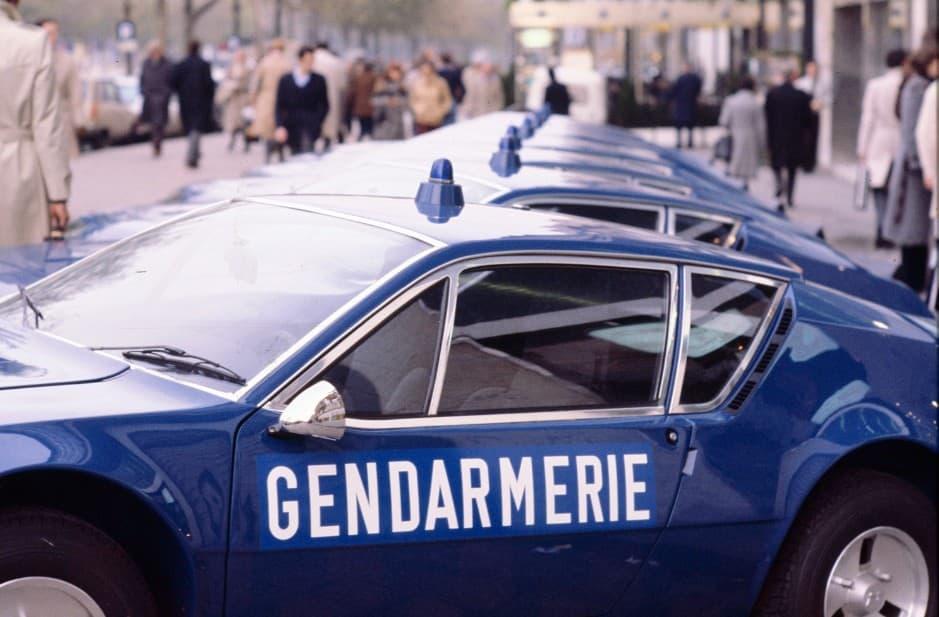 Alpine A310 V6 BRI Gendarmerie 3 | BRI : Alpine, au sein d'une unité d'élite