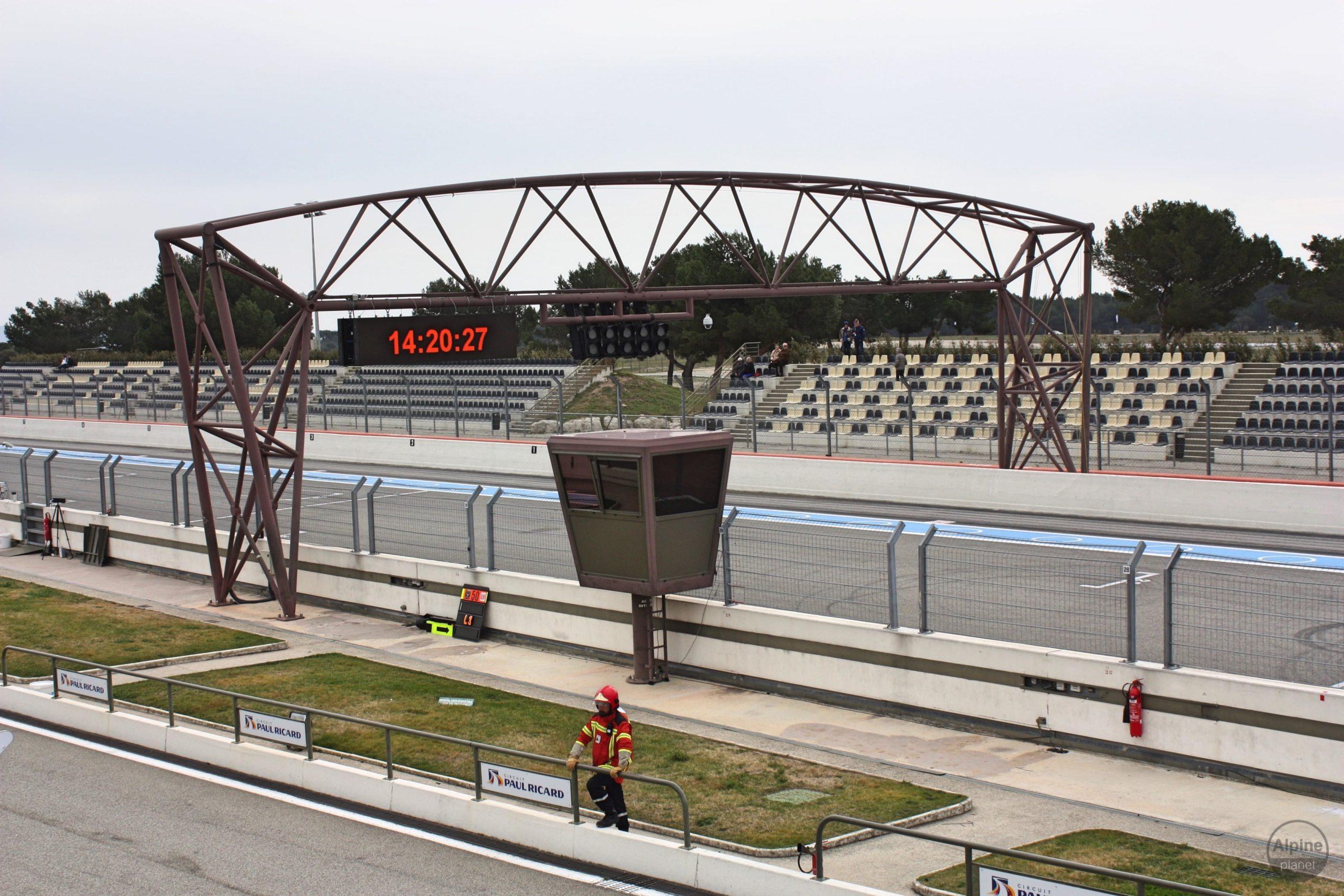 img 7578 imp 26006542211 o scaled   Reportage sur les coulisses du Circuit Paul Ricard   France 3 Chroniques Méditerranéennes