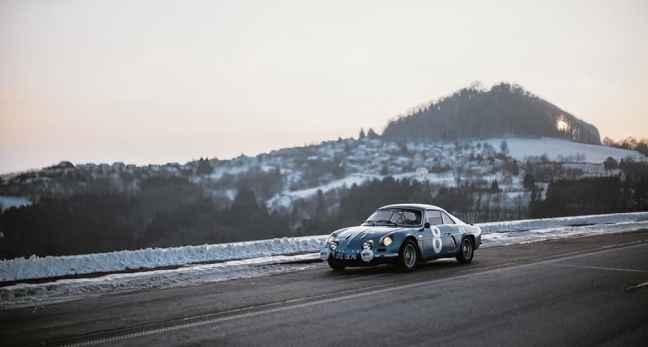 Alpine LAB et son Alpine A110 1300S Usine de 1968 Classic Driver - 14