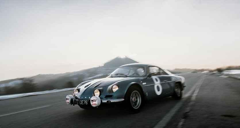 Alpine LAB et son Alpine A110 1300S Usine de 1968 Classic Driver - 7