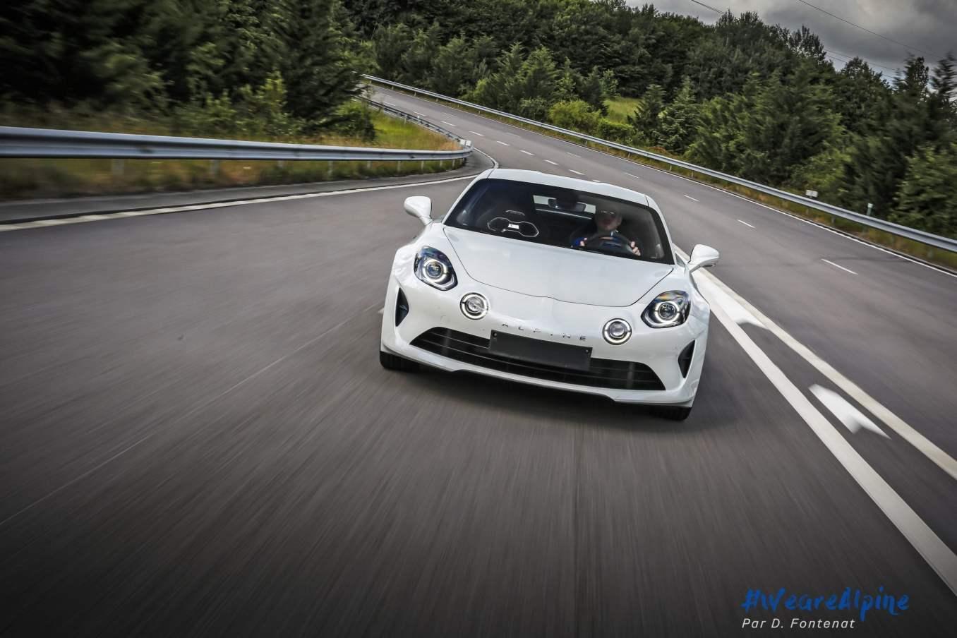 DF18703©D.Fontenat scaled | Essai vidéo de la nouvelle Alpine A110 sur circuit en exclusivité mondiale !