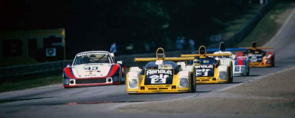 banniere 24 Heures du Mans 1978 pironi jabouille depailler jaussaud bell ragnotti frequelin a443 a442b a442a a442 victoire 36   Alpine Endurance Team en piste pour les 24 Heures du Mans 2021