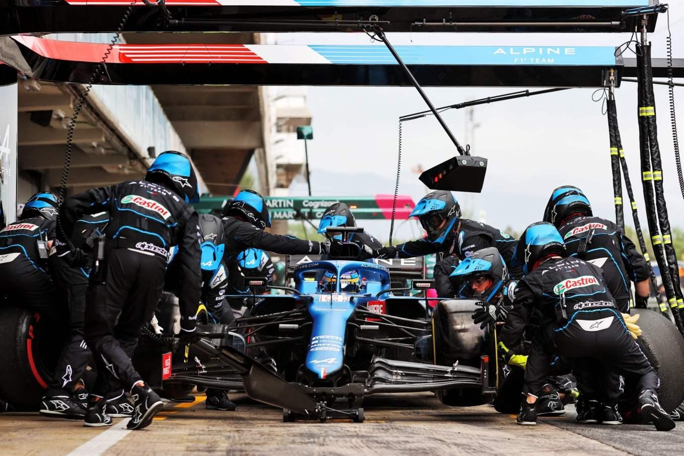 Alpine F1 Team A521 Alonso Ocon Grand Prix Espagne 2021 course