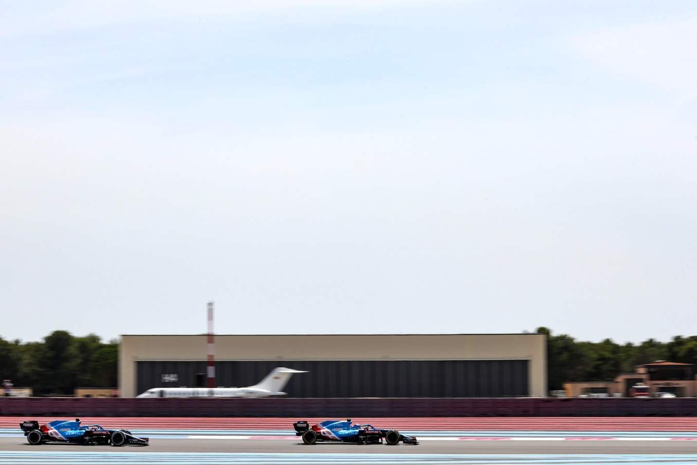 Alpine F1 Alonso Ocon A521 Castellet Paul Ricard 2021 5 scaled | Alpine F1 : des essais convaincants au Grand Prix Emirates de France