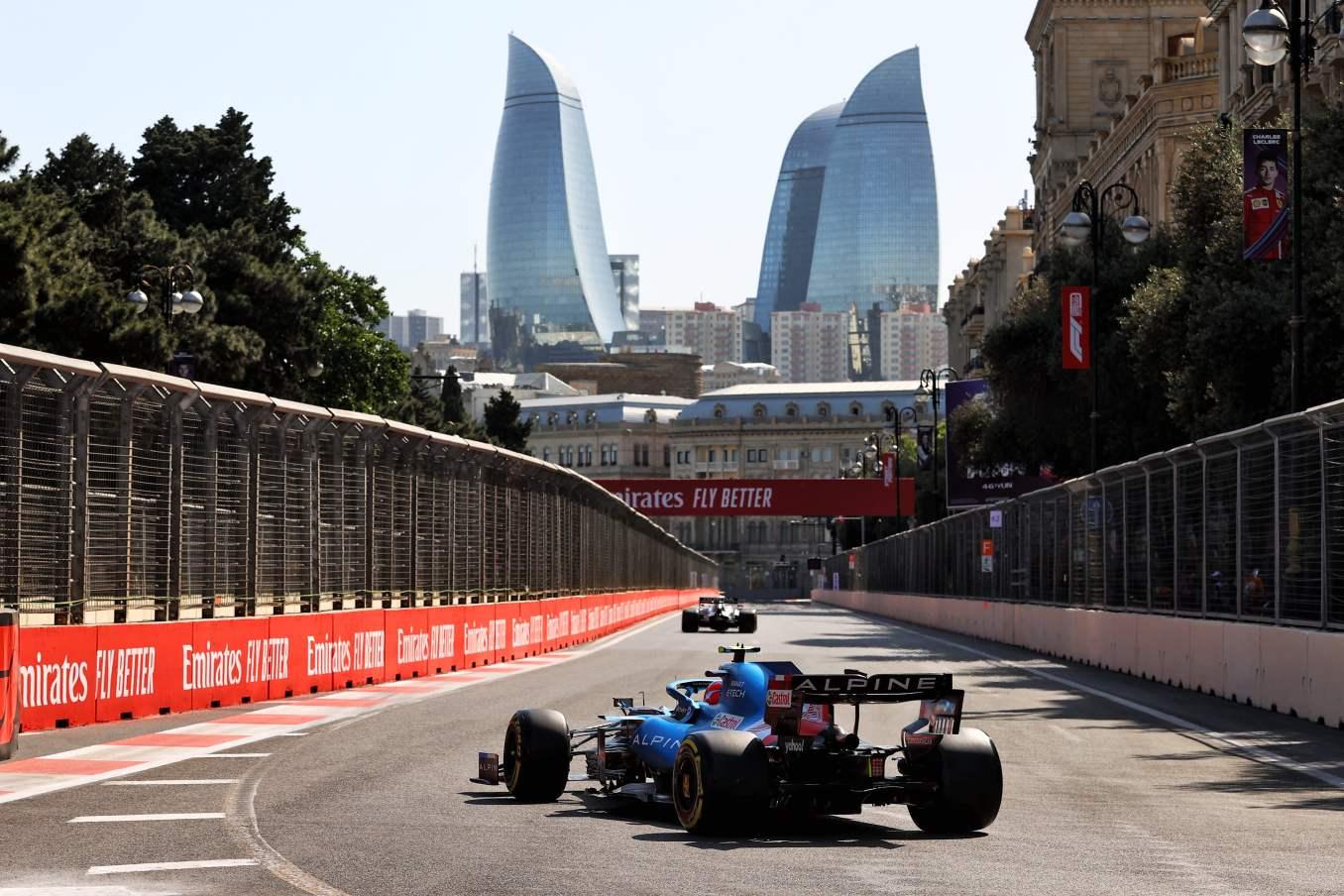 Alpine F1 Azebaijan Grand Prix Baku Alonso Ocon 2021 32 | Alonso offre huit précieux points à Alpine F1 Team sur l'épreuve de Bakou