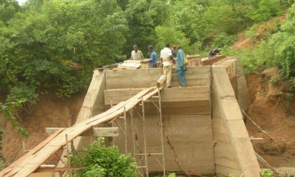Le pont en constuction