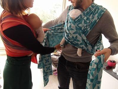 Apprenez les techniques de portage en atelier lors d'une Baby-shower