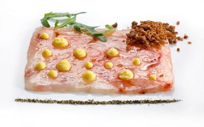 Carpaccio di gamberi rossi con salsa carbonara  Le Saucier